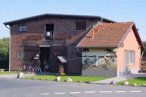 Museums-Scheune - außen